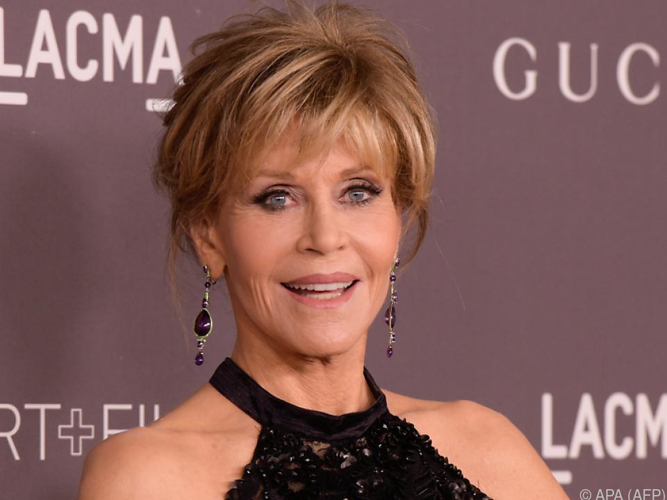 Jane Fonda witzelt über ihre Erkrankung