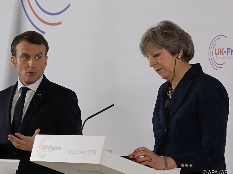Macron und May in Sandhurst