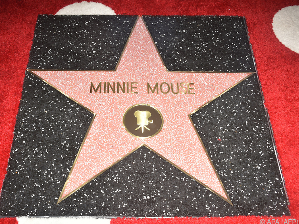 Stern Nr. 2.627 für Minnie Maus