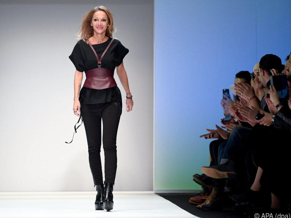 Müller genoss den Walk auf der Berliner Fashion Week sichtlich