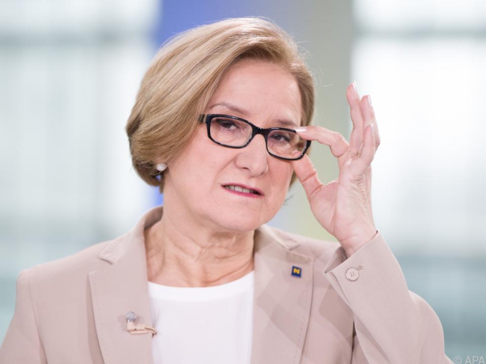 NÖ-Landeshauptfrau Mikl-Leitner erhöht Druck auf den FPÖ-Kandidat