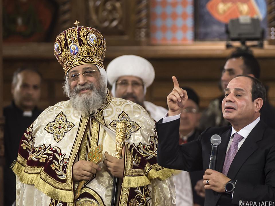 Papst Tawadros II. mit Staatspräsident Abdel Fattah al-Sisi