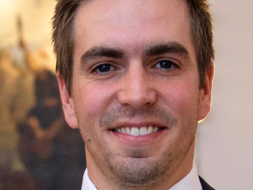 Philipp Lahm baut sein Engagement aus