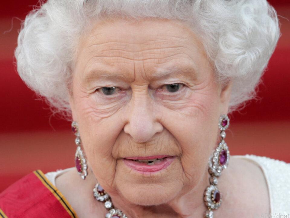 Queen Elizabeth erinnert sich an ihre Kindheit