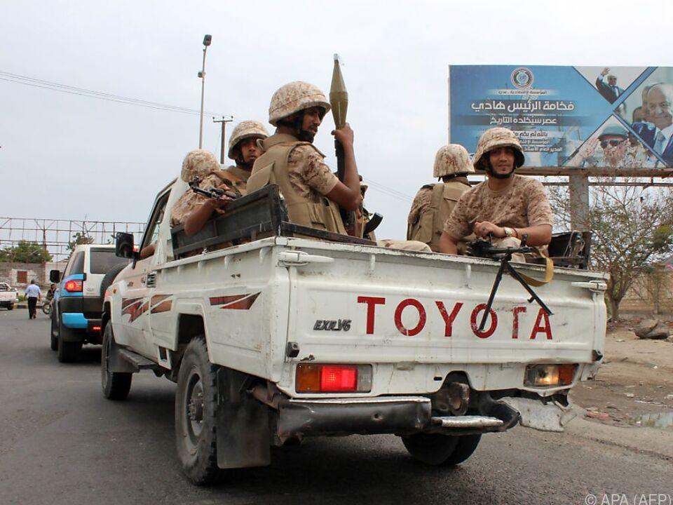 Regierungs-Truppen im Clinch mit südjemenitischen Separatisten