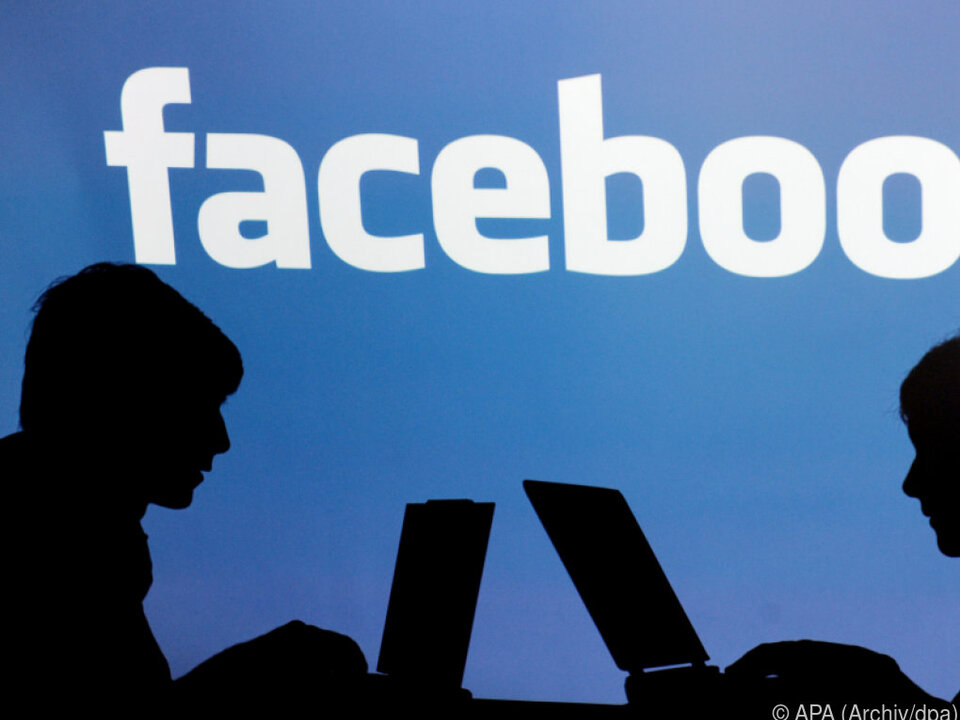 Schrems kann nur in Österreich gegen Facebook klagen