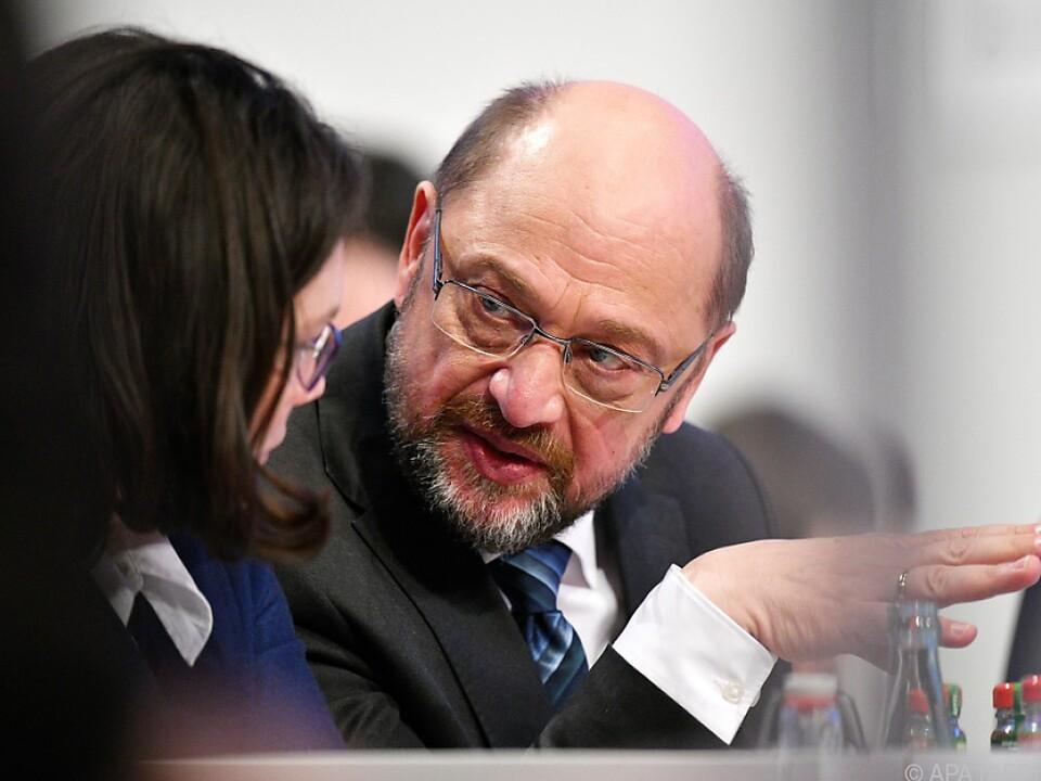 Schulz will erstmal beraten