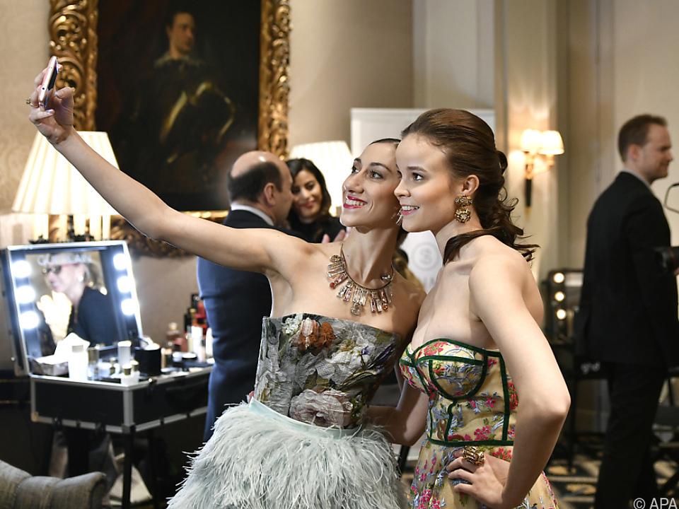 Auch Balletstars sind nicht vor Selfies gefeit
