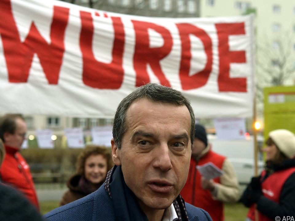 SPÖ-Chef Kern wirft der Regierung Sündenbock-Politik vor