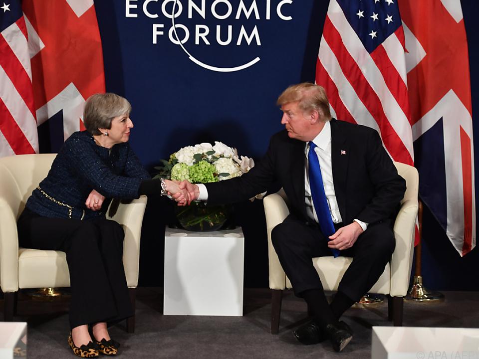 Theresa May und Donald Trump bei ihrem Treffen in Davos