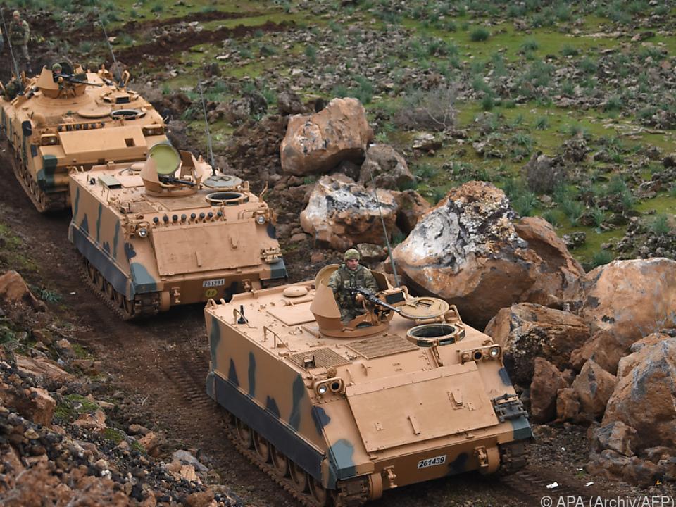 Türkische Armee mit Offensive gegen Kurden