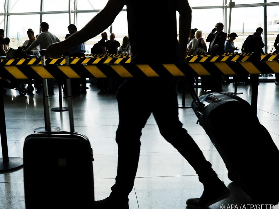 Viele Passagiere machten ihrem Ärger Luft