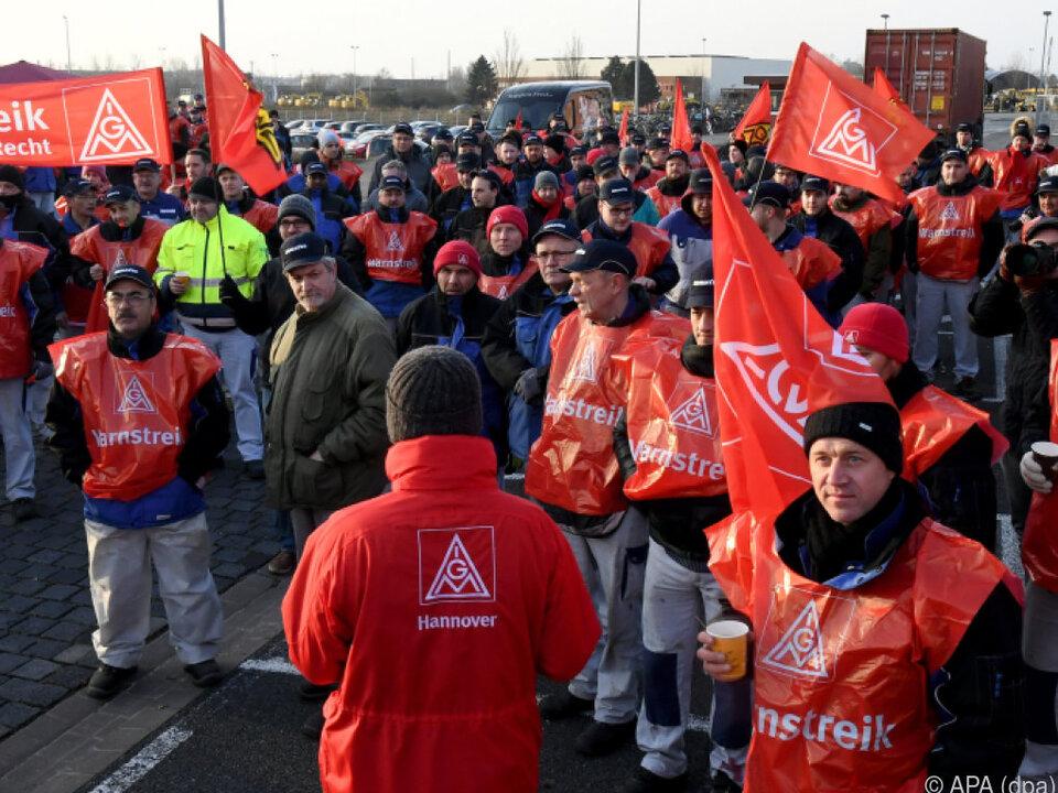 Warnstreiks der IG Metall in Hannover