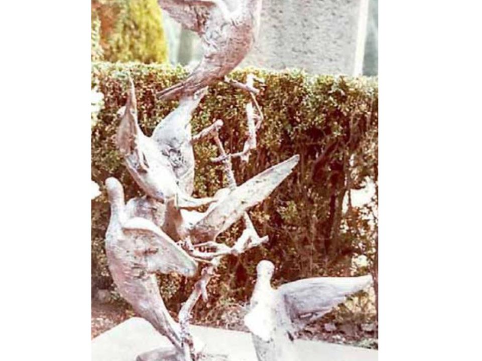 aa-tauben-skulptur