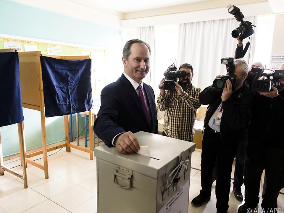 Anastasiades setzte sich mit 56 Prozent der Stimmen durch