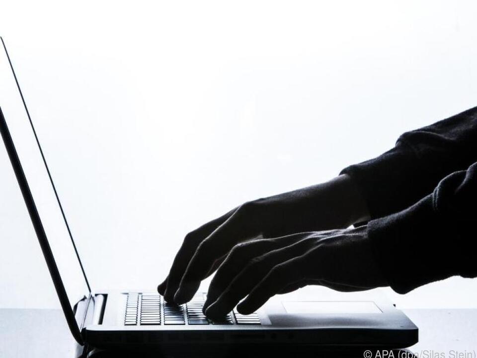 internet computer laptop Besitzer eines Thinkpad X1 Carbon sollen den Geräte-Status überprüfen lassen