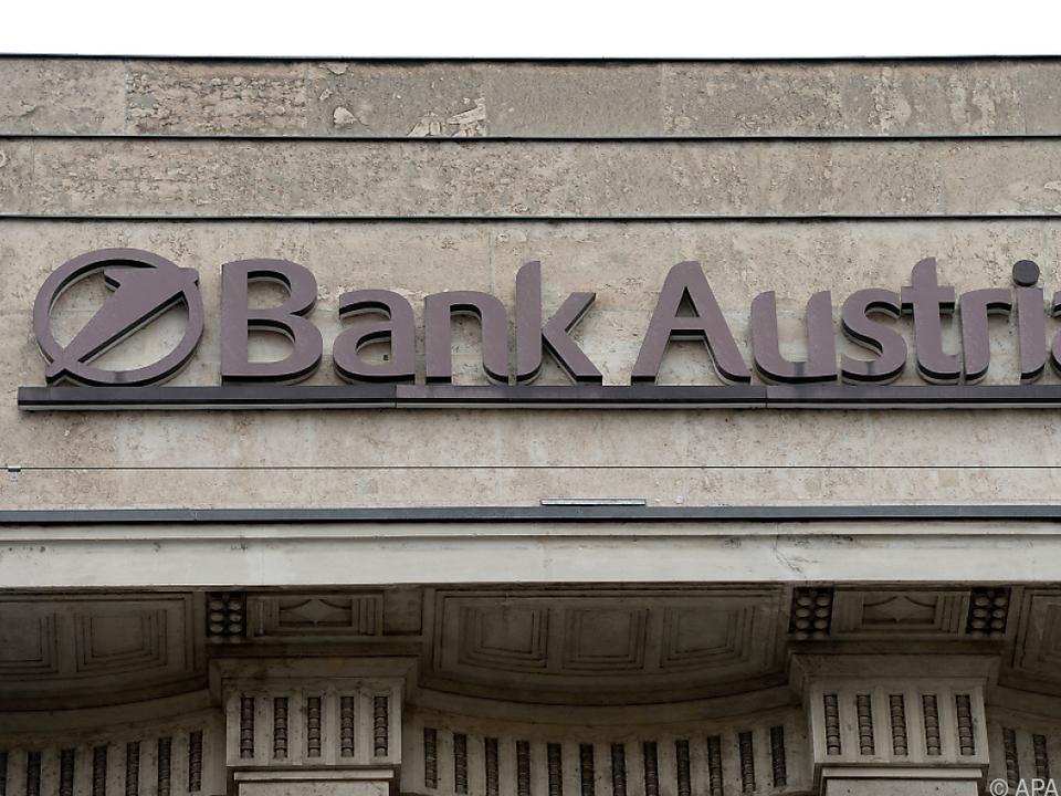 Die Bank Austria hob ihre Spesen um durchschnittlich 2,41 Prozent an