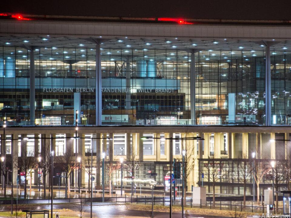 Berliner Flughafen BER - Angeblich weitere 770 Millionen Euro nötig