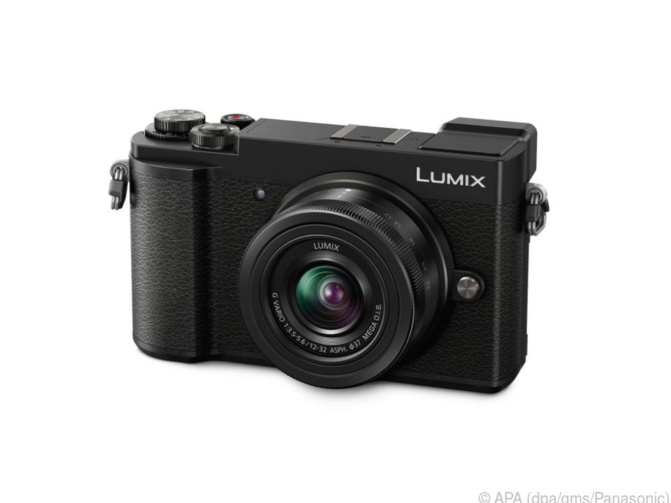 Die Lumix GX9 hat gegenüber ihrer Vorgängerin GX8 deutlich abgespeckt
