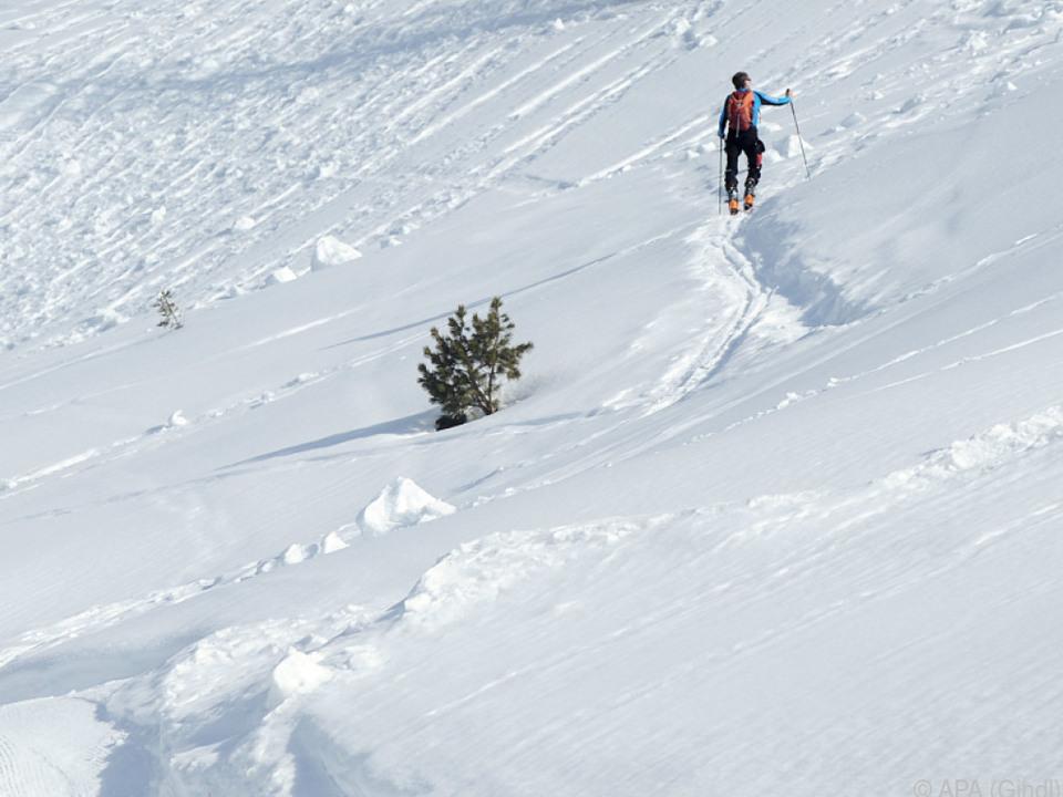 Ein Tourengeher löste ein Schneebrett aus