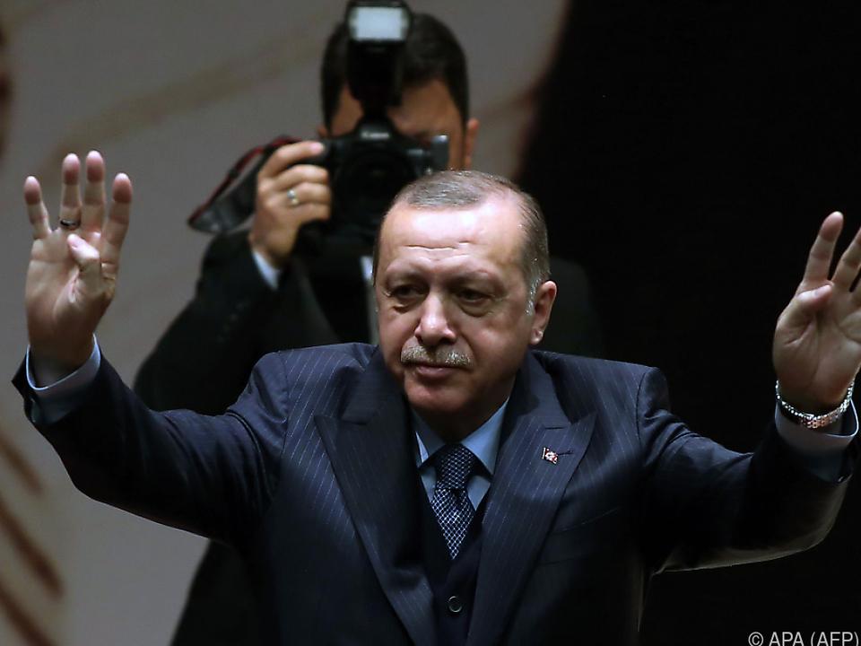 Erdogan manipuliert die Massen