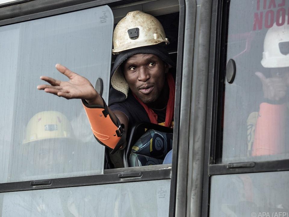 Erleichterung bei den Minenarbeitern