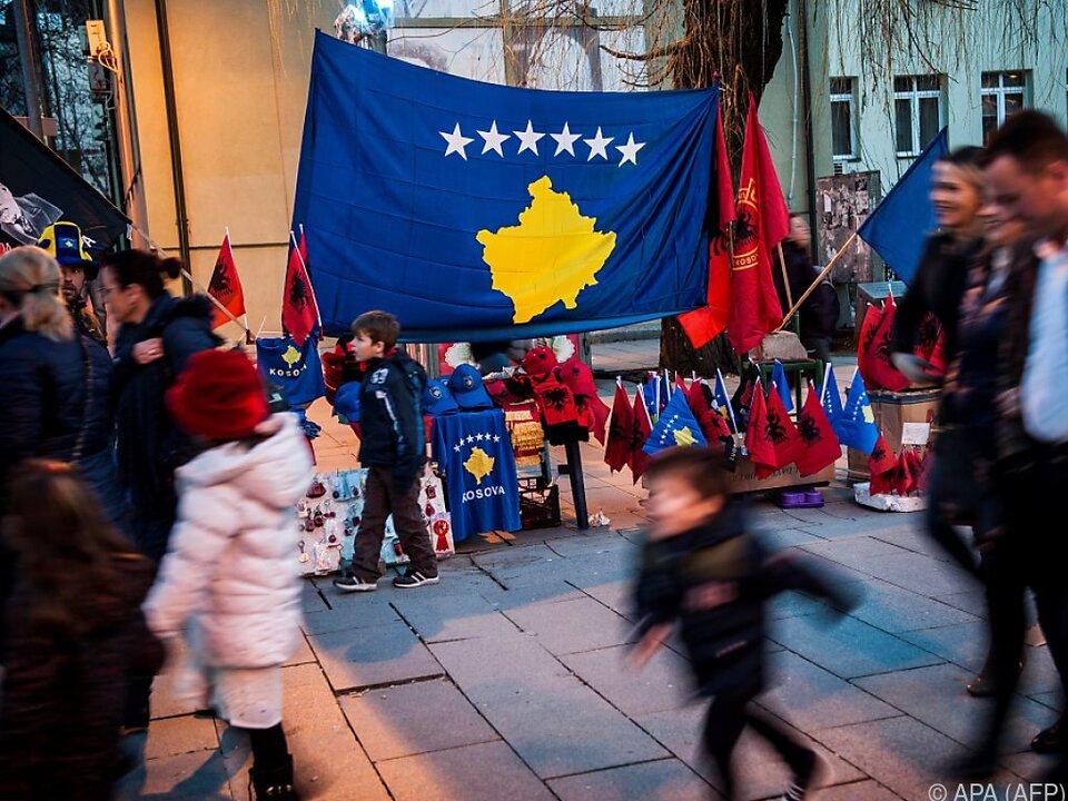 Feierstimmung im Kosovo
