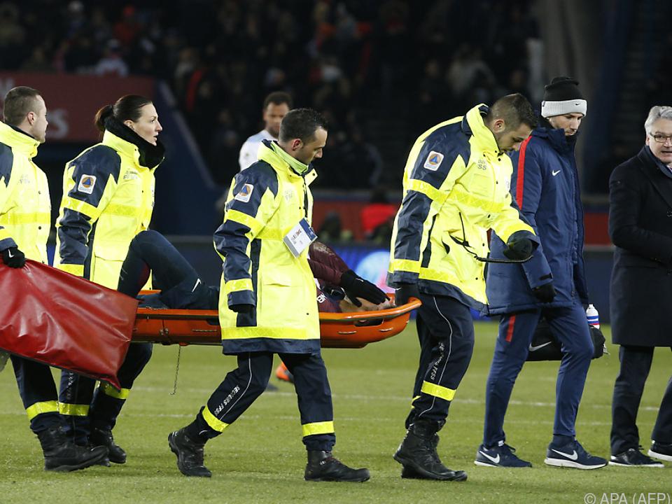 Gegen Marseille musste Neymar verletzt vom Feld