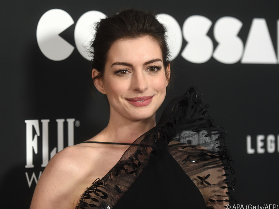 Hathaway verhandelt um die Hauptrolle in dem geplanten Polit-Thriller