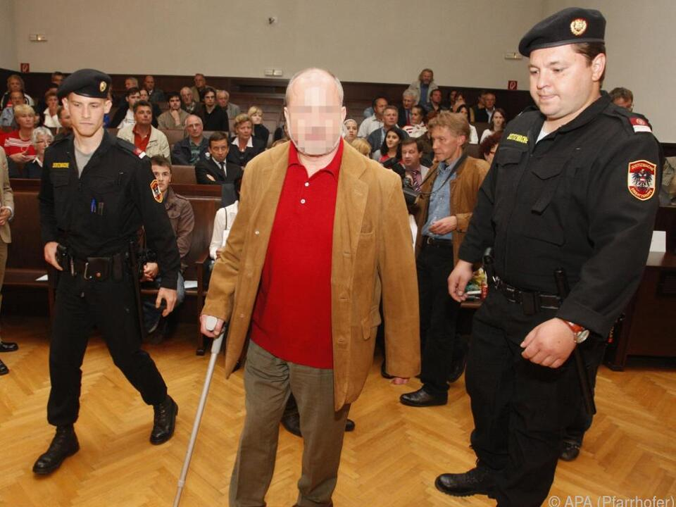 Helmut O. hofft auf Strafverkürzung