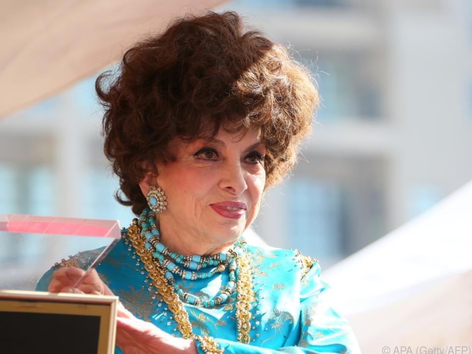Hollywood-Diva Lollobrigida hofft bei der Arbeit zu sterben