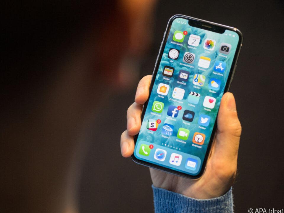 Immer öfter wird mit dem Smartphone gezahlt