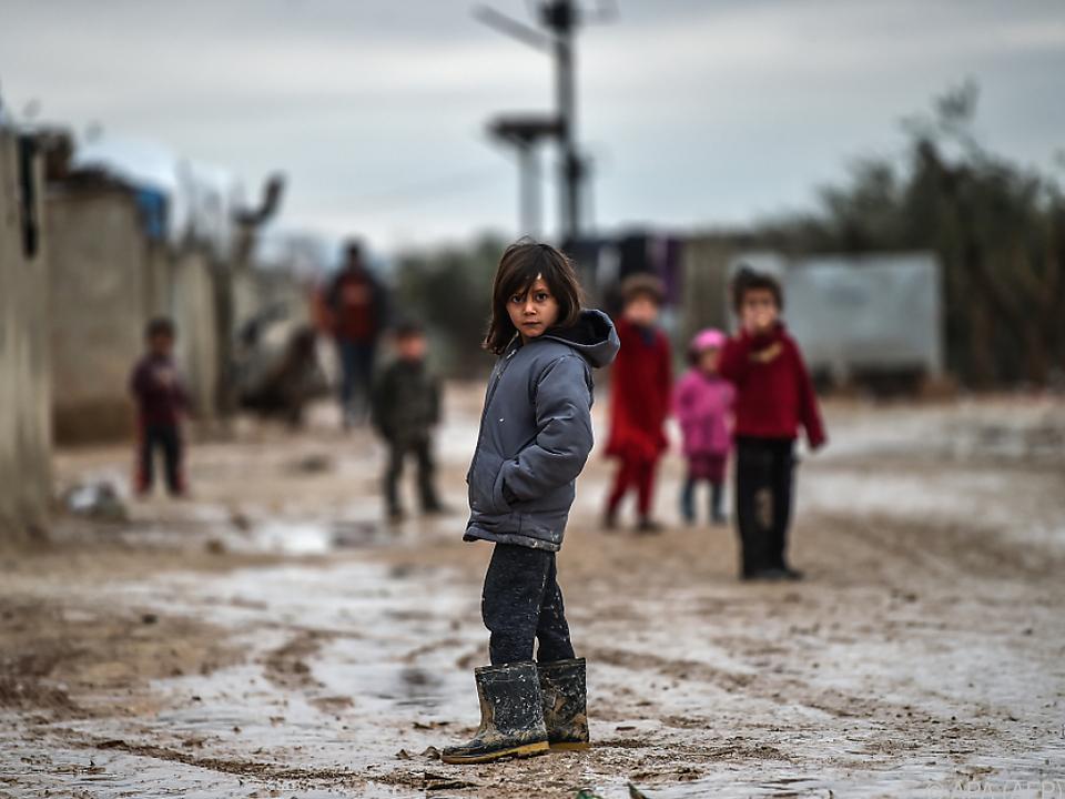 Kindern drohen Tod, Gewalt oder sexuelle Ausbeutung