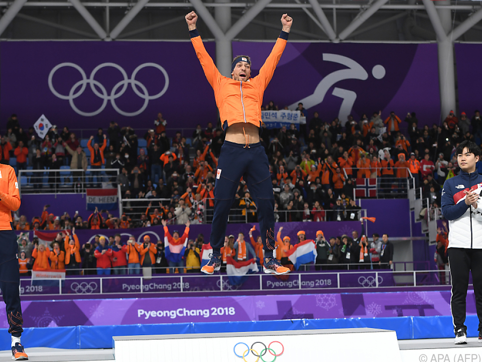 Kjeld Nuis siegte vor Patrick Roest und Kim Min Seok