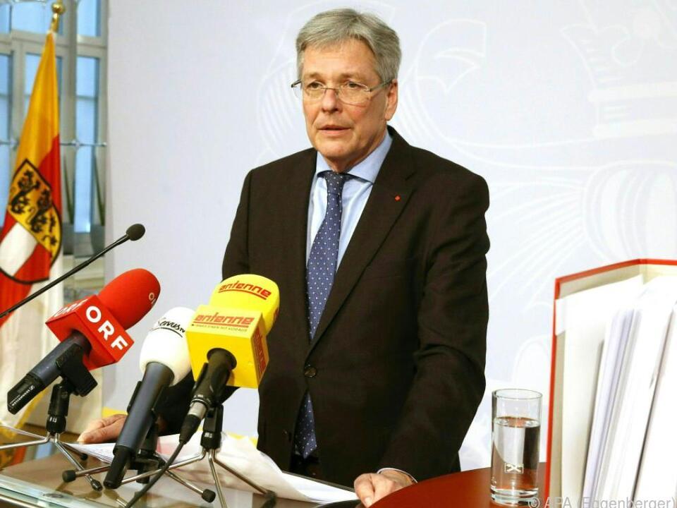 Landeshauptmann Peter Kaiser steht vor einem Wahlsieg