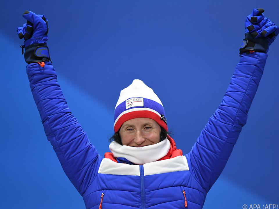 Marit Björgen hält bei 14 olympischen Medaillen