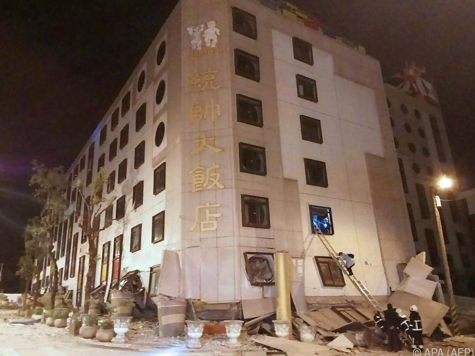 Mehr als 100 Menschen wurden verletzt