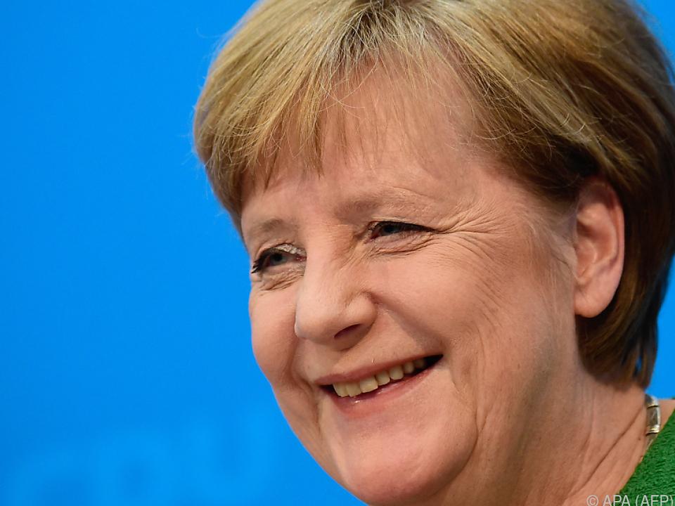 Merkel will bald Namen nennen