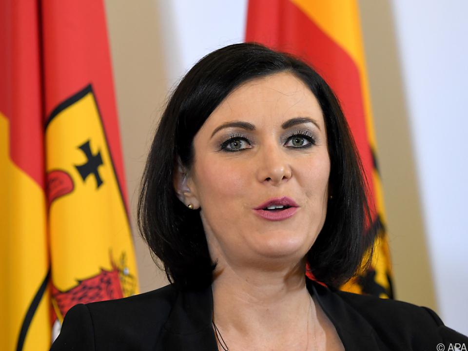 Ministerin Köstinger will \