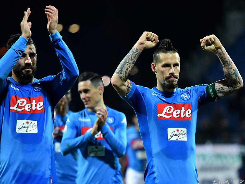 Napoli lacht weiter von der Spitze