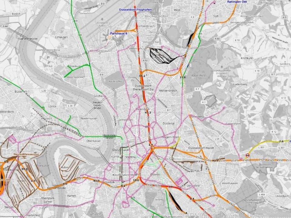 Neben S-Bahn- und Regiostrecken sind auch Schnellfahrstrecken abgebildet