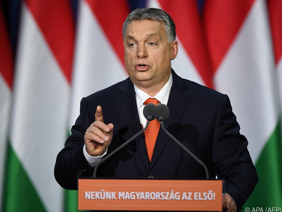 Orban stimmte die Ungarn auf die Wahlen ein