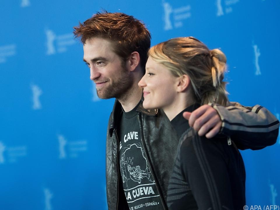 Robert Pattinson und Mia Wasikowska rocken Berlin
