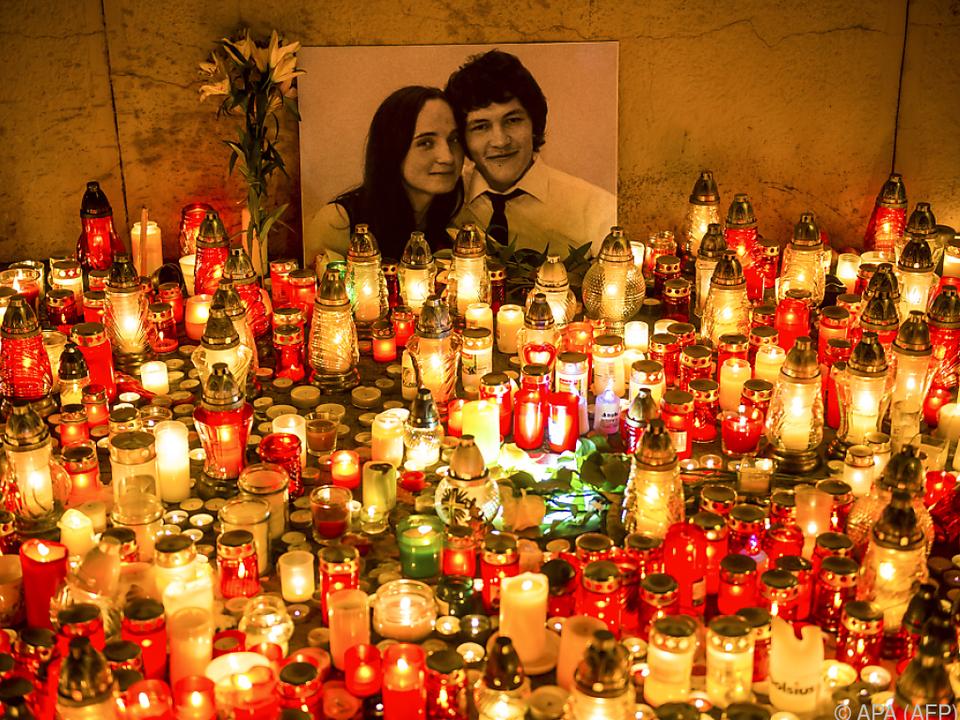 Trauer um den Enthüllungsjournalisten Jan Kuciak und seine Verlobte