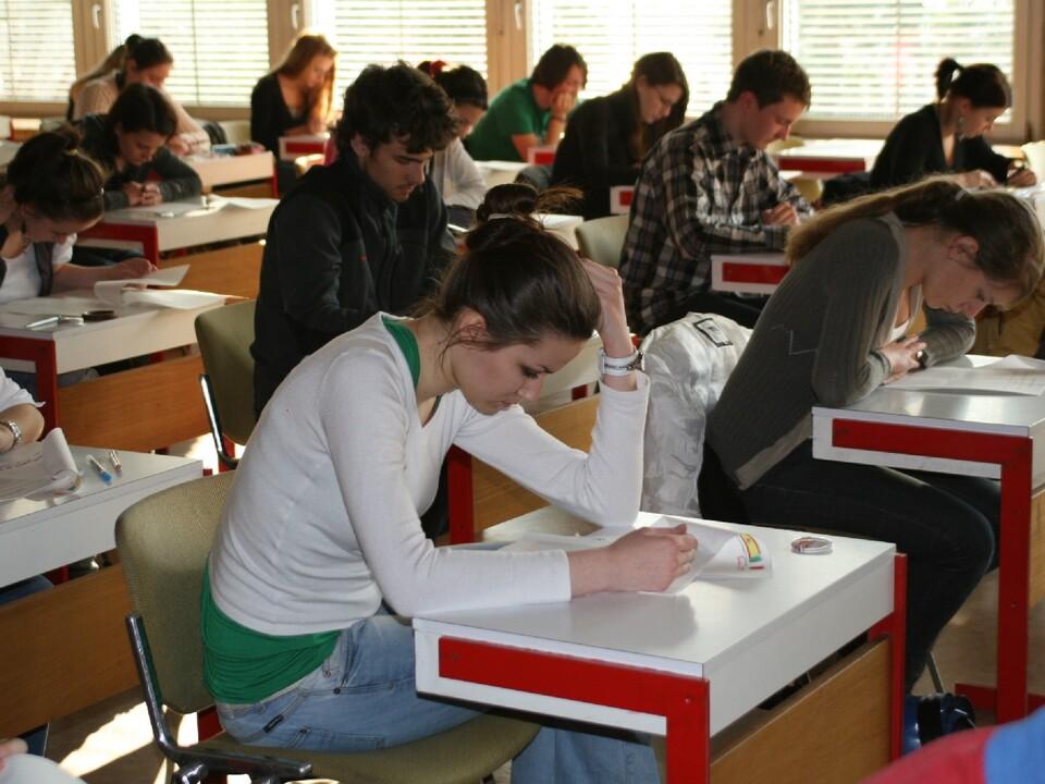 prüfung schule matura lehrer schreiben