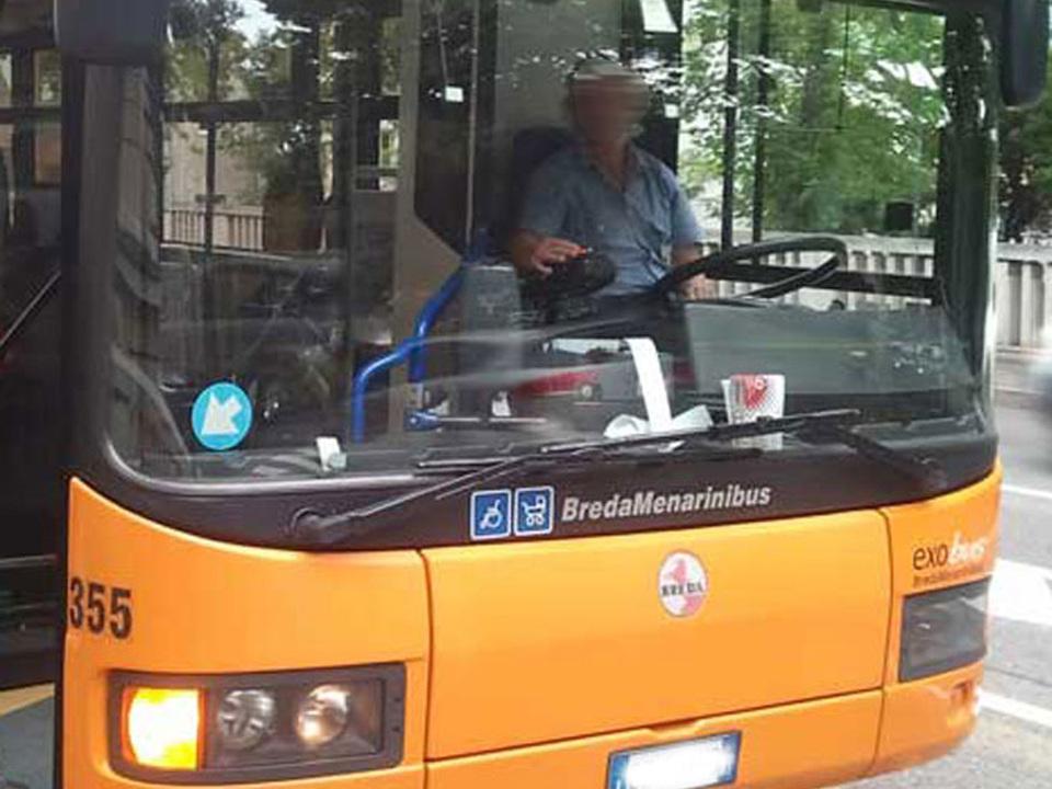 archiv_bus_sasa