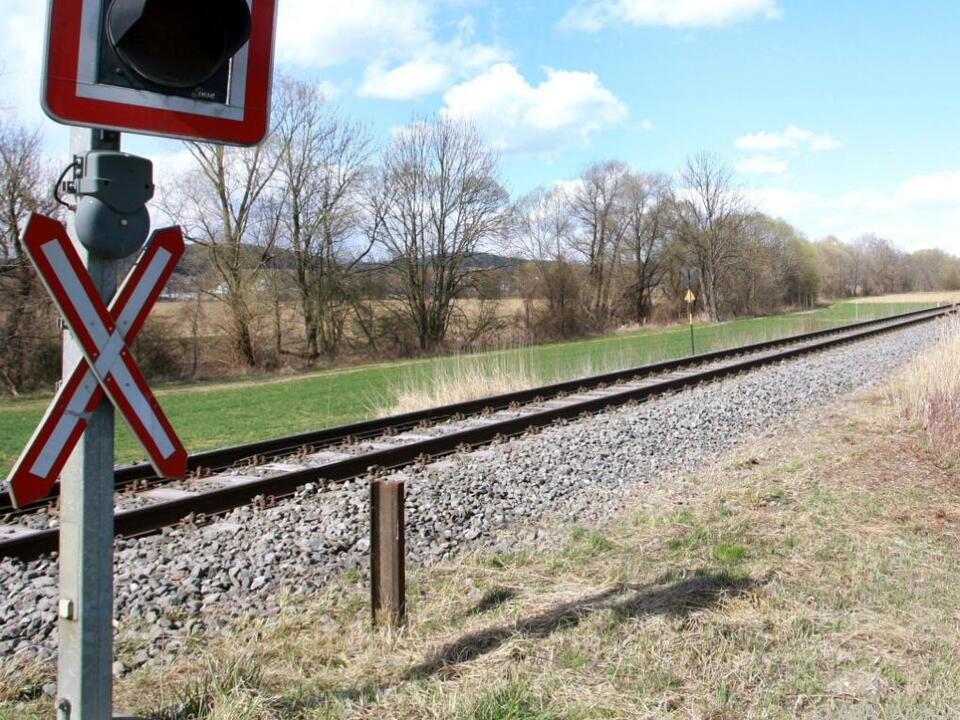 Der Bahnübergang war unbeschrankt