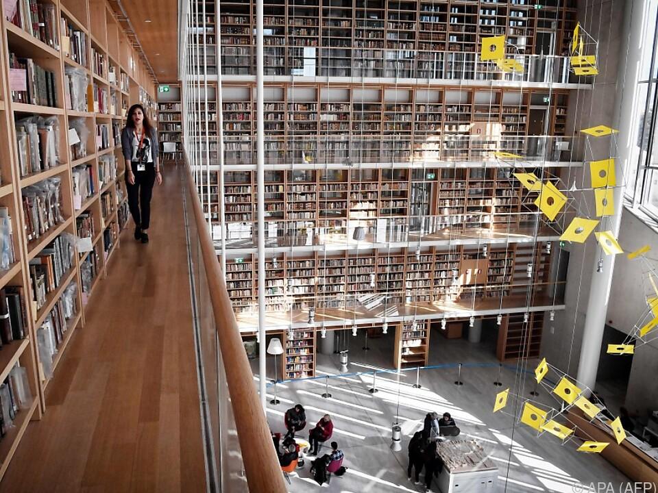 Die neue Nationalbibliothek lockt Besucher ans Meer