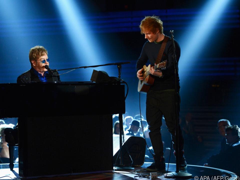 Ed Sheeran singt \