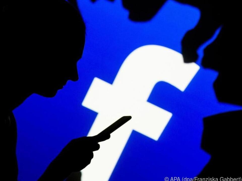 Facebook sammelt viele Daten - und teilt sie mit Dritten